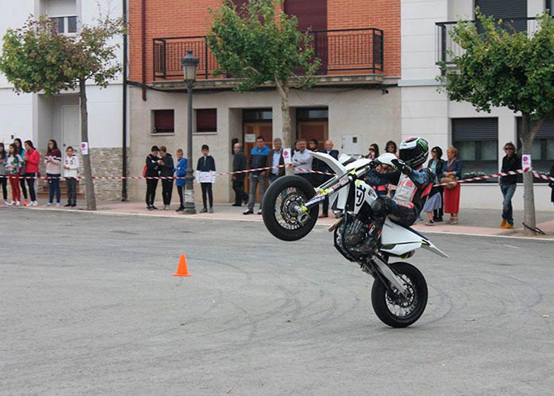 Transformados Ruiz Patrocina La Exhibición De Motos En Fontellas